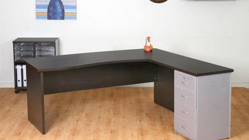 שולחן מחשב פינתי